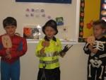 Singing The 5 Little Pumpkins